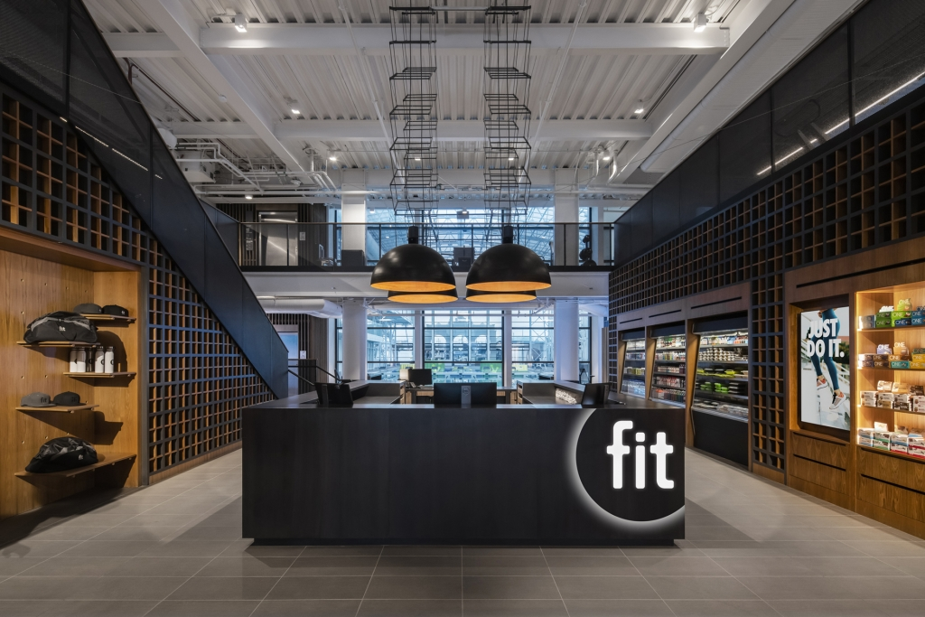 Fit Interior Arrival Experience