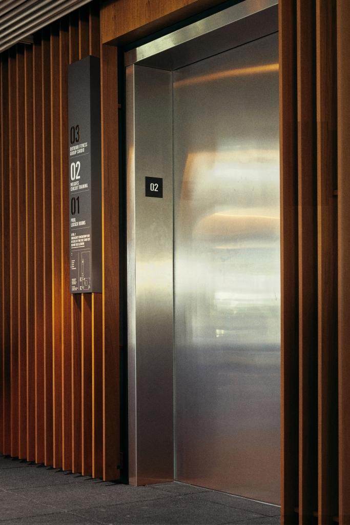 Fit Elevator Signage
