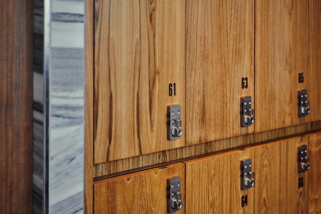 Fit Locker Room