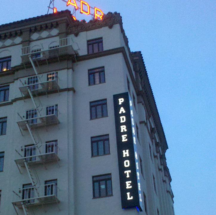 Padre Hotel Exterior